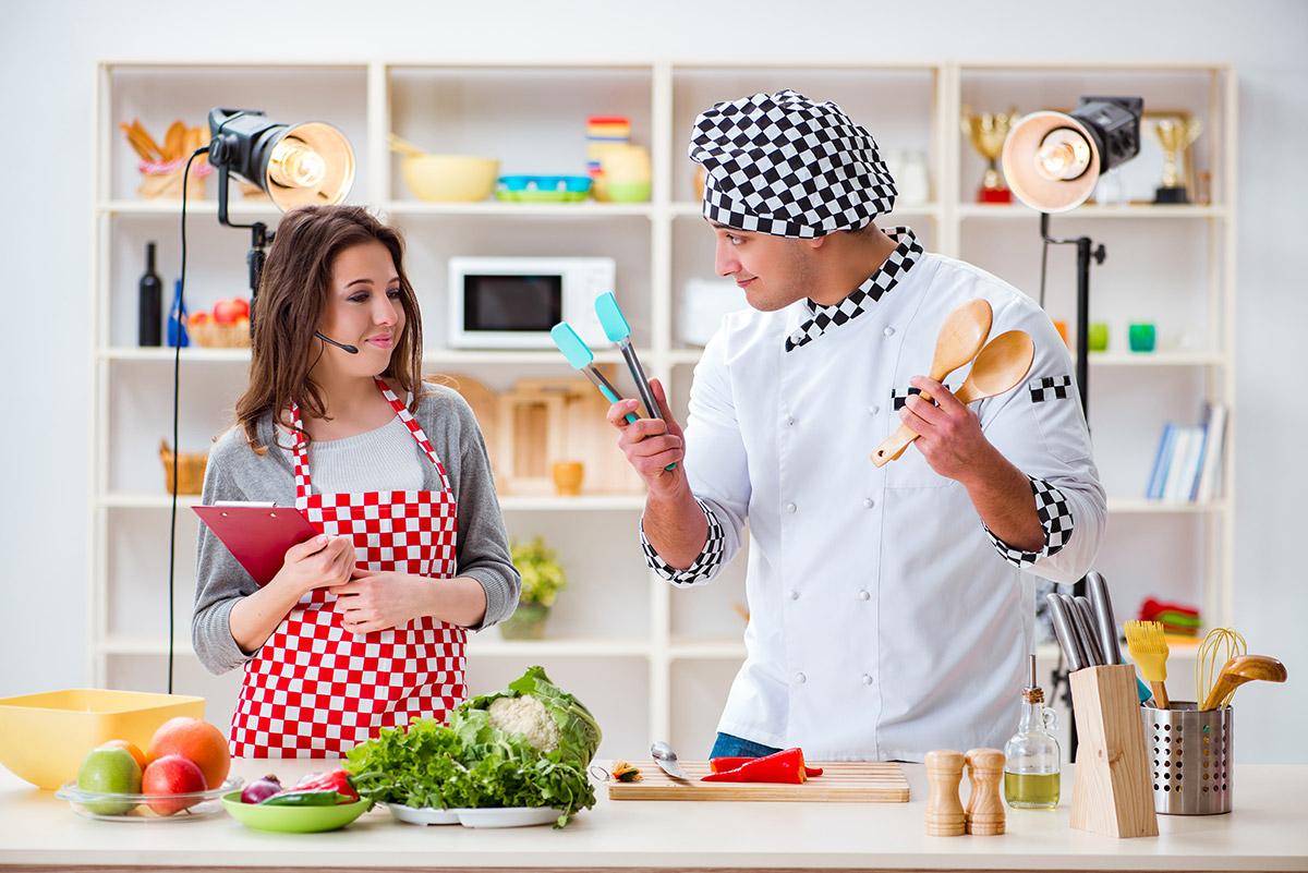 una-tv-piena-di-Chef